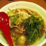 肉肉ラーメン 2/100西新宿店