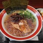豚丼・博多とんこつ ばりかた屋 アリオ川口店